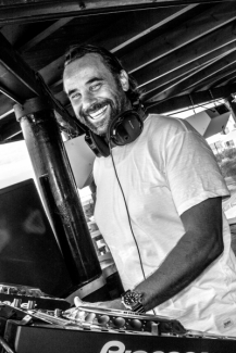 DJ Mathon at ocean club